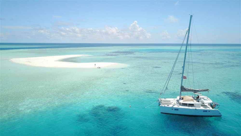 Explore the Maldives | Elysia Charters