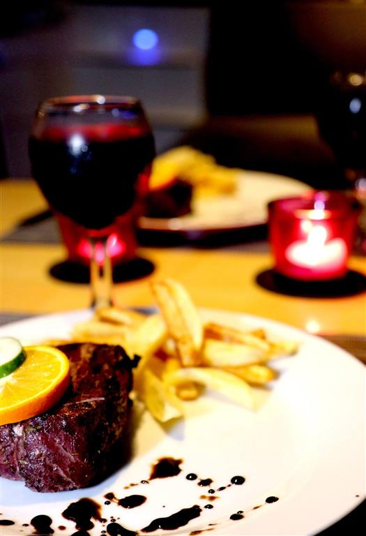 Food and Wine | Elysia Private Yacht Charters Maldives