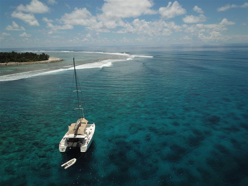 Maldives waves and surf charter boat | Elysia Charters